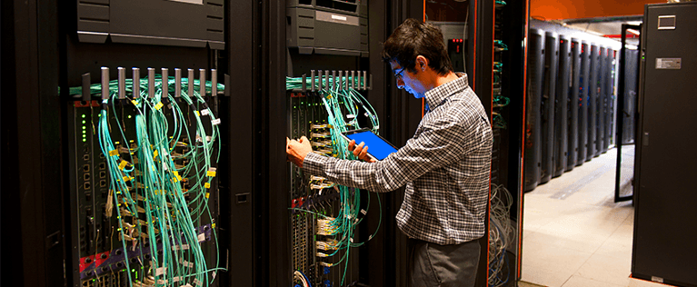 How does the internet work? Data centre technician 2 Sabrex